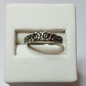 Jewelry - Sterling Silver ring 4 3/4
